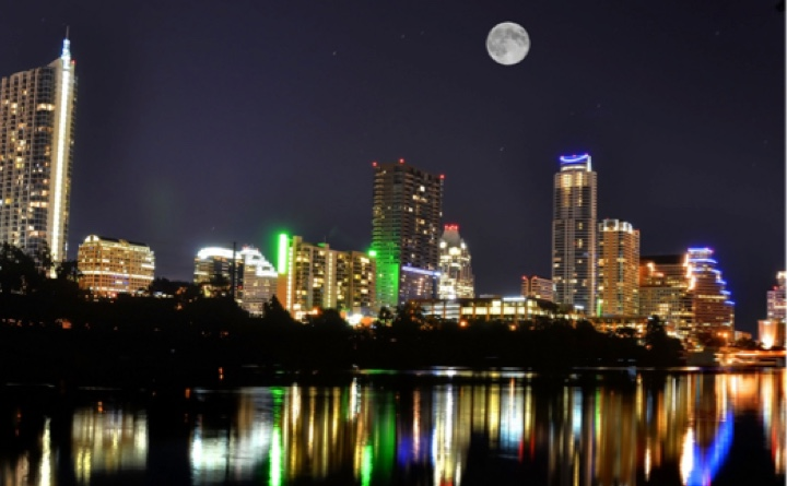 Full Moon Downtown